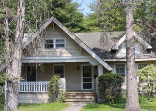 Casa en ejecución hipotecaria in Delmar, NY, 12054,  SNOWDEN AVE ID: F4529687