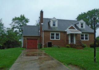 Casa en ejecución hipotecaria in Parkville, MD, 21234,  ROSALIE AVE ID: F4529940