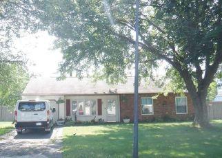 Casa en ejecución hipotecaria in Medford, NY, 11763,  TARPON AVE ID: F4530054