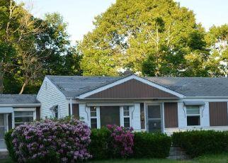 Foreclosed Homes in Warwick, RI, 02888, ID: F4530065