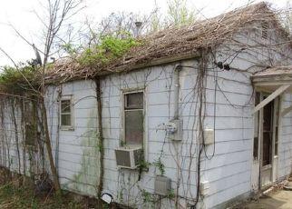 Casa en ejecución hipotecaria in Kansas City, MO, 64119,  N WHEELING AVE ID: F4530067