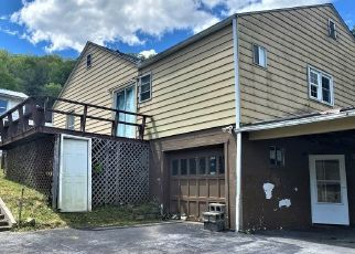 Foreclosure Home in Bluefield, WV, 24701,  CYPRESS ST ID: F4530456