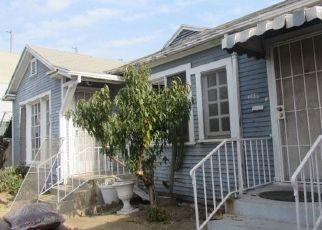 Casa en ejecución hipotecaria in Los Angeles, CA, 90037,  S MAIN ST ID: F4530929