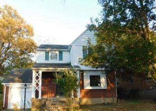 Casa en ejecución hipotecaria in Cincinnati, OH, 45211,  CORAL PARK DR ID: F4532021