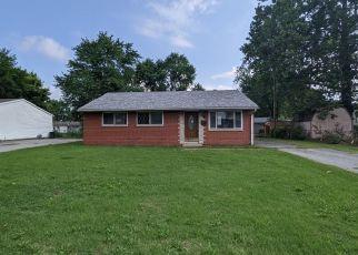 Casa en ejecución hipotecaria in Granite City, IL, 62040,  TERMINAL AVE ID: F4532214