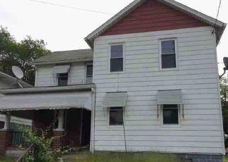 Casa en ejecución hipotecaria in Scranton, PA, 18510,  JAMES AVE ID: F4532263