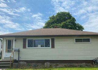 Casa en ejecución hipotecaria in Brook Park, OH, 44142,  ROBERT DR ID: F4532410