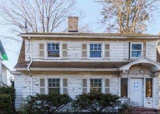 Casa en ejecución hipotecaria in Bridgeport, CT, 06605,  ELMWOOD AVE ID: F4532889