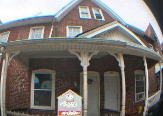 Casa en ejecución hipotecaria in Coatesville, PA, 19320,  E CHESTNUT ST ID: F4533072
