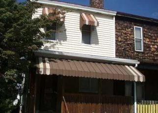 Casa en ejecución hipotecaria in Homestead, PA, 15120,  E 17TH AVE ID: F4533084