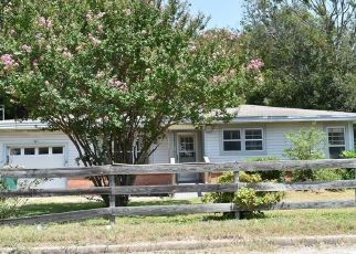 Foreclosure Home in Waco, TX, 76705,  SPENCER ST ID: F4533270