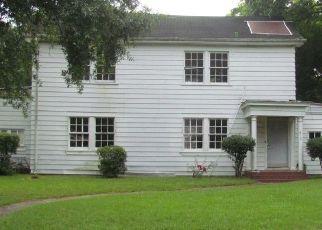 Foreclosure Home in Selma, AL, 36701,  LAUDERDALE ST ID: F4533500