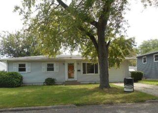 Foreclosure Home in Pekin, IL, 61554,  FAIRLANE AVE ID: F4533637