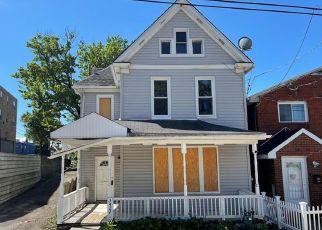 Casa en ejecución hipotecaria in Mckeesport, PA, 15132,  ODAIR ST ID: F4533724
