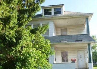 Casa en ejecución hipotecaria in Cleveland, OH, 44105,  MARYLAND AVE ID: F4533896