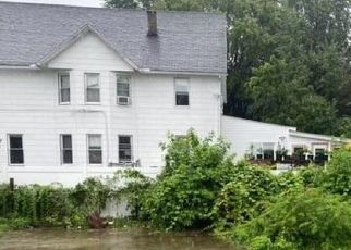Casa en ejecución hipotecaria in Scranton, PA, 18504,  15TH AVE ID: F4534257