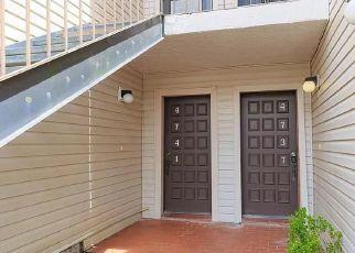 Foreclosure Home in Tampa, FL, 33617,  PURITAN CIR ID: F4534353