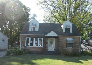 Casa en ejecución hipotecaria in Rockford, IL, 61102,  LOOMIS ST ID: F4534922