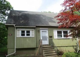 Casa en ejecución hipotecaria in New Haven Condado, CT ID: F883391