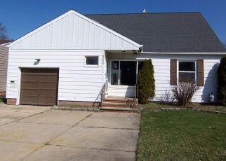 Casa en ejecución hipotecaria in Cuyahoga Condado, OH ID: F888116