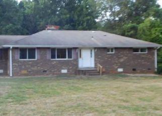 Casa en ejecución hipotecaria in Guilford Condado, NC ID: F894243