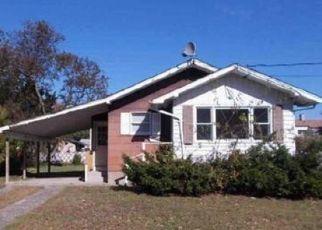 Casa en ejecución hipotecaria in Suffolk Condado, NY ID: F974576