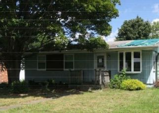 Foreclosed Home en ARDEN PKWY, Jamestown, NY - 14701