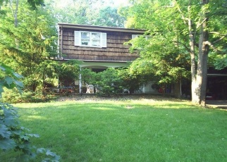 Foreclosed Home en GLADWYNE CT, Spring Valley, NY - 10977