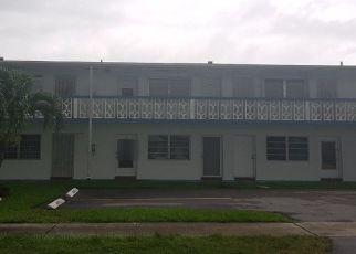 Foreclosed Home en NE 204TH ST, Miami, FL - 33179
