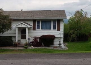 Foreclosed Home en PINNACLE DR, Utica, NY - 13501