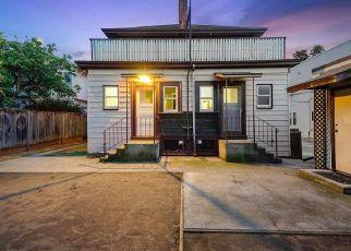 Foreclosed Home en WOOLSEY ST, Berkeley, CA - 94705