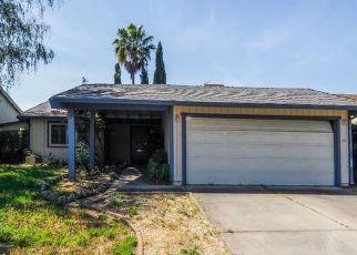 Foreclosed Home en OLDWOODS WAY, Sacramento, CA - 95828