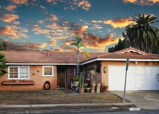 Foreclosed Home en CONSTITUTION RD, San Diego, CA - 92117