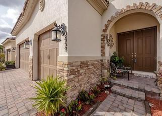 Foreclosed Home en STAPELEY DR, Orlando, FL - 32832