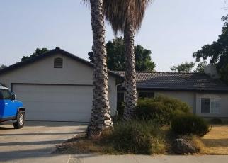 Foreclosed Home en DON MEDICO DR, Hanford, CA - 93230