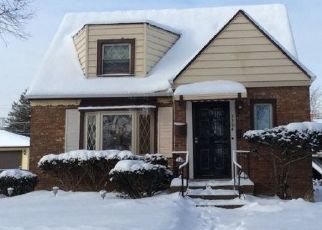 Foreclosed Home en S 19TH AVE, Broadview, IL - 60155