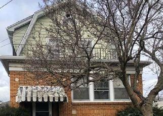 Foreclosed Home en HINMAN AVE, Buffalo, NY - 14216