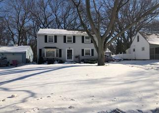 Foreclosed Home en HILLTOP RD, Rochester, NY - 14616