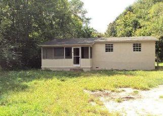 Foreclosed Home en CORTEZ RD, Jacksonville, FL - 32246