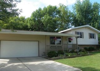 Foreclosure Home in Oak Creek, WI, 53154,  E FITZSIMMONS RD ID: P1015230