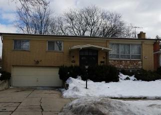 Foreclosed Home en N ARIZONA AVE, Glenwood, IL - 60425