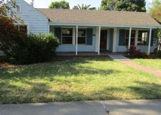 Foreclosed Home en W MENDOCINO AVE, Stockton, CA - 95204