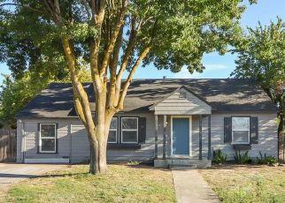 Foreclosed Home en PINE ST, Manteca, CA - 95336