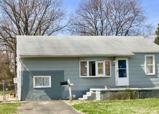 Casa en ejecución hipotecaria in Levittown, PA, 19057,  GREEN LYNNE DR ID: P1022716