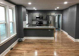 Foreclosed Home en HUDDELL AVE, Marcus Hook, PA - 19061