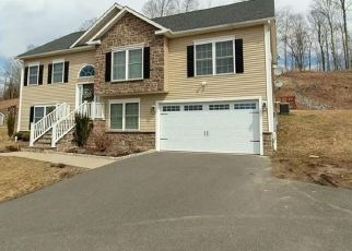 Foreclosed Home in JOSHUA TOWN RD, Waterbury, CT - 06708