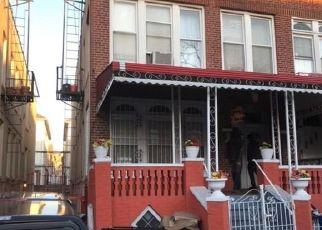 Casa en ejecución hipotecaria in Bronx, NY, 10472,  CROES AVE ID: P1030992