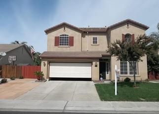 Foreclosed Home en GENOA DR, Manteca, CA - 95336