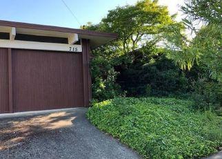 Foreclosed Home en DEL GANADO RD, San Rafael, CA - 94903