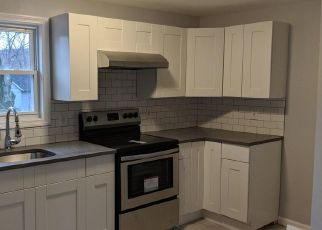 Foreclosed Home en MURRAY ST, Ansonia, CT - 06401